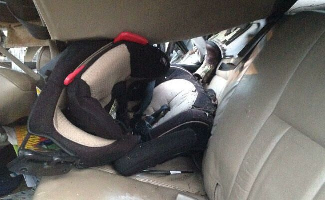 Car Seat Saves Toddlers Life After Truck Flips