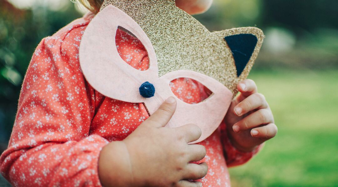 toddler halloween costumes, little girl with fox mask