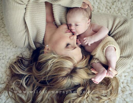 Beautiful Baby and Mom Photos