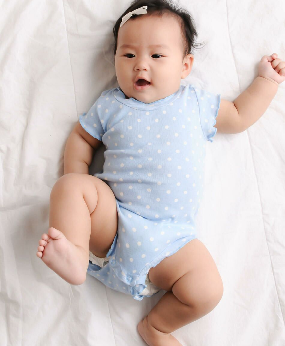 baby tummy troubles: how to spot and soothe them
