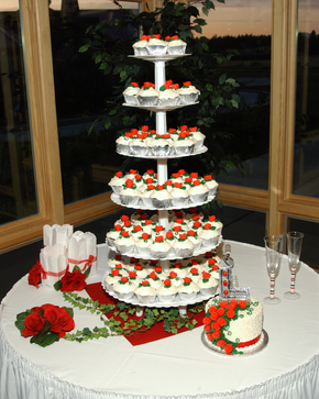tier Wedding Cupcake Cake with 6 inch bride and groom cake on the