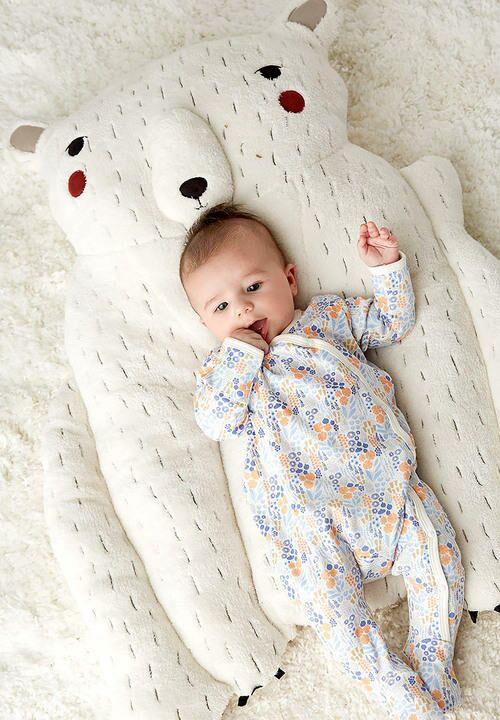 Gingiber Polar Bear Play Mat