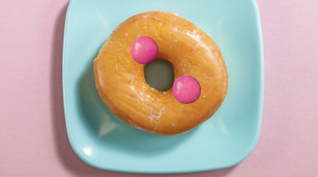 doughnut with spots representing hemorrhoids during pregnancy
