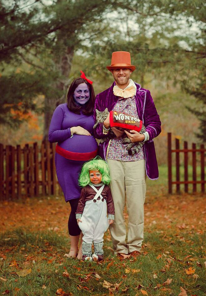 maternity-halloween-costumes-willy-wonka  sc 1 st  The Bump & 26 Best Maternity Halloween Costumes