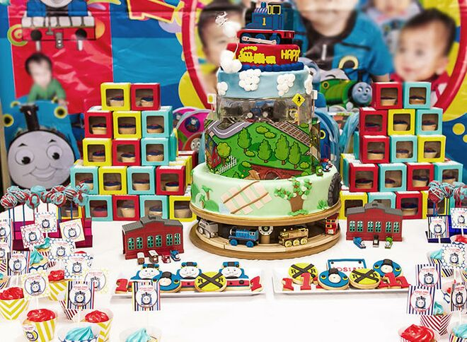 Second Birthday Party Themes Thomas The Train Decorations
