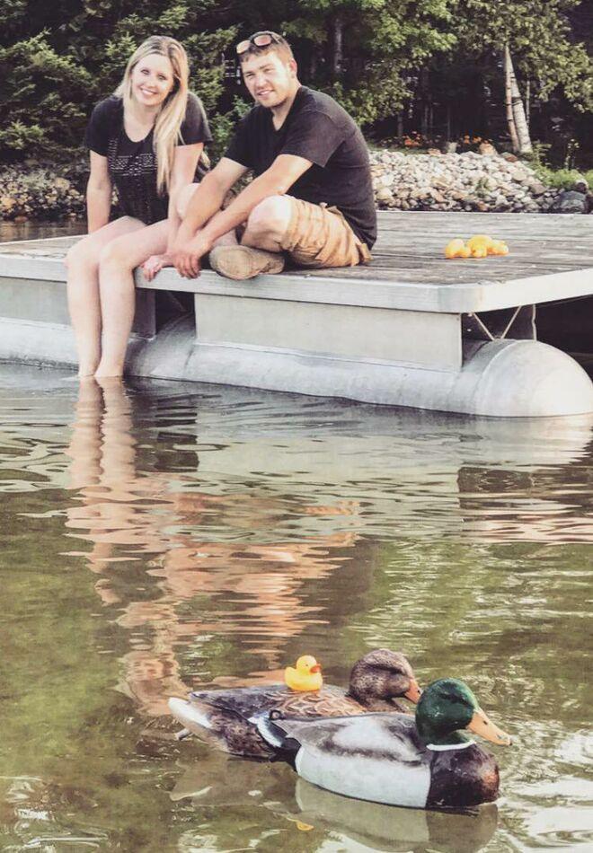 pregnancy-announcement-cute-rubber-ducks