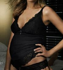 Six Sexy V-Day Looks for the Mama-to-Be