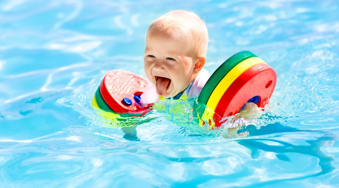 Baby pool float 16 best baby floats 3 month old baby swimming pool