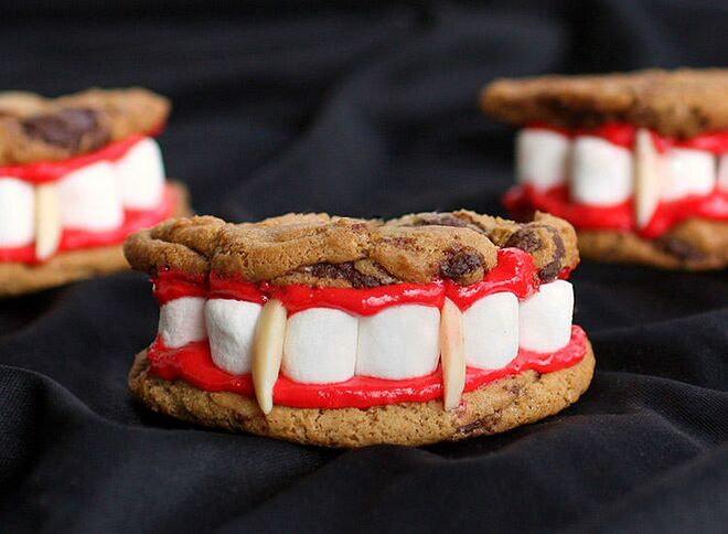 halloween treats dracula dentures set