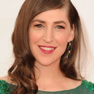 Mayim Bialik Reminds Us All What Breastfeeding in Public Is Really About