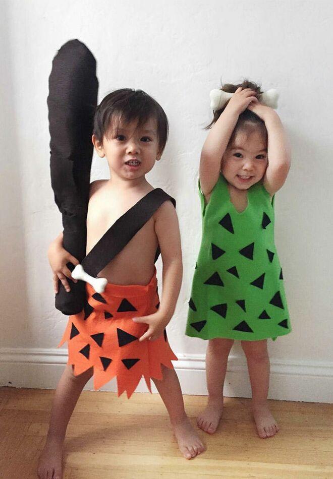twin halloween costumes flinstones