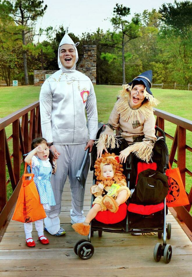 family halloween costume wizard oz