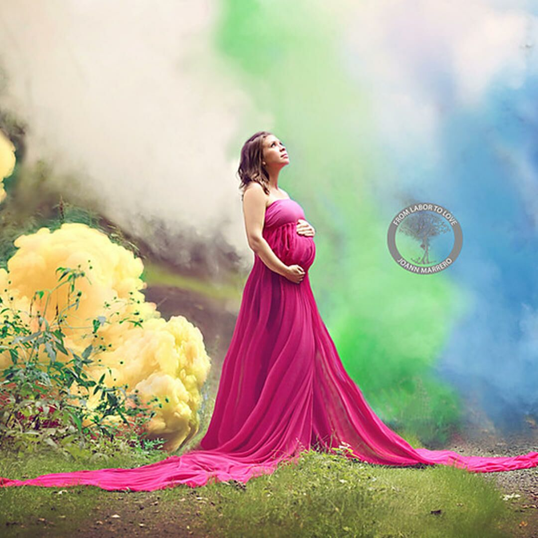 b389e8b44af24 Mom Honors 6 Miscarriages With Rainbow Baby Photoshoot