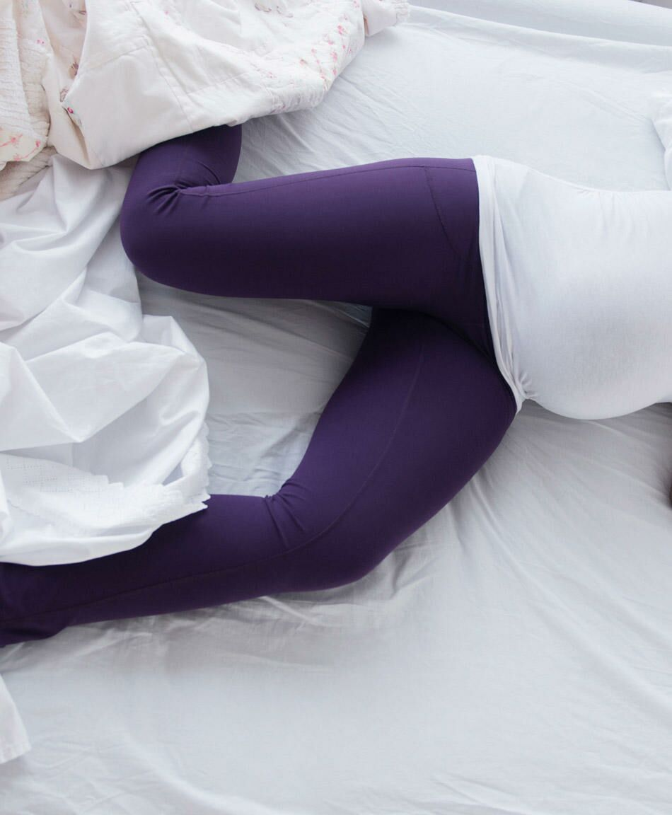 how to get rid of leg cramps while pregnant
