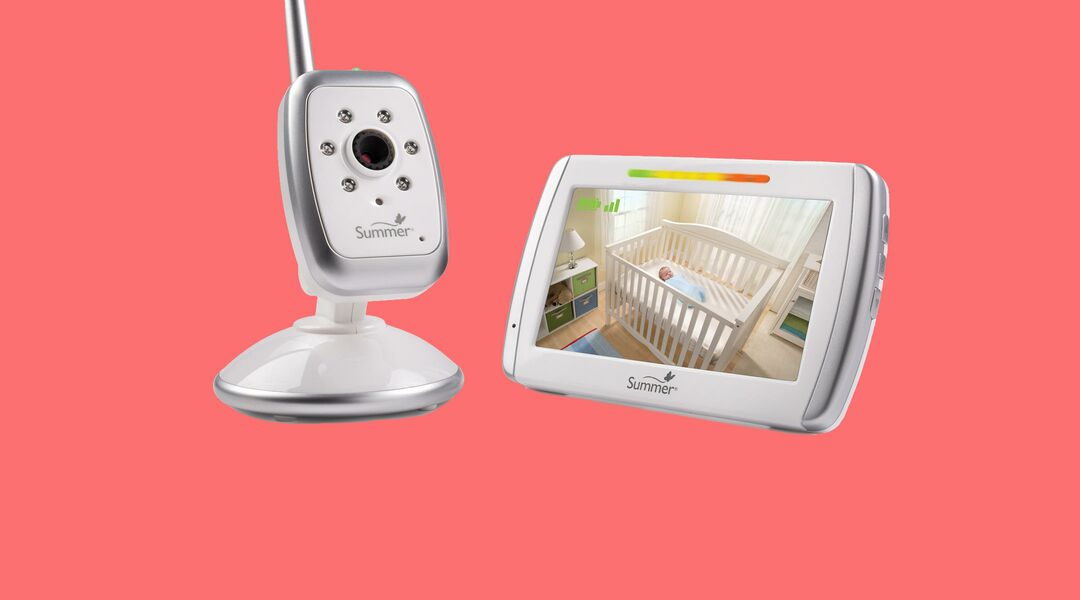 The Summer Infant Wide View Digital Color Video Monitor.