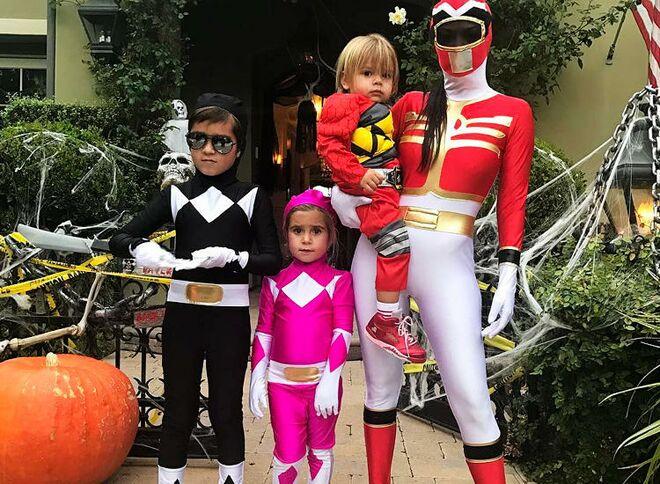 36 best baby halloween costumes 2017 baby halloween costumes celebrity power rangers kourtney kardashian solutioingenieria Image collections