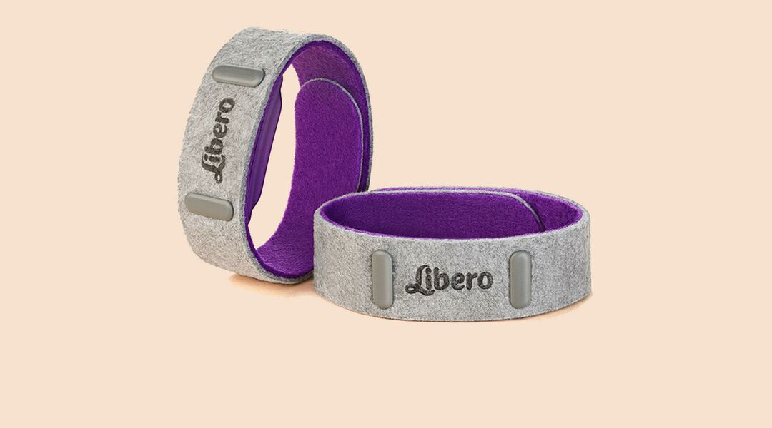Libero bands that help dads feel baby kicks