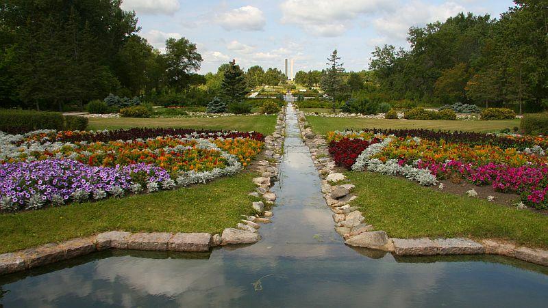 Stephi wanner and jeffrey leeson 39 s wedding website for International peace gardens north dakota