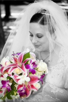 love both the picture and the flowers corrine at cr flowers did a